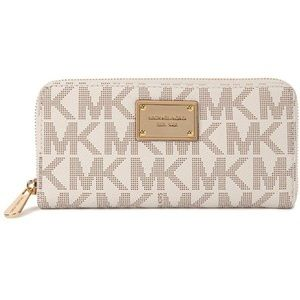 Michael Kors Logo Vanilla Leather Jet set wallet